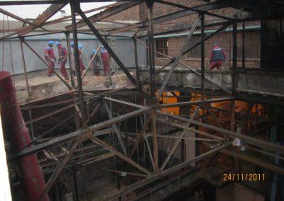 """Gaisro padarinių likvidavimas """"Baltijos"""" laivų statykloje"""